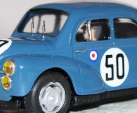 Renault 4cv – Ref: 2004